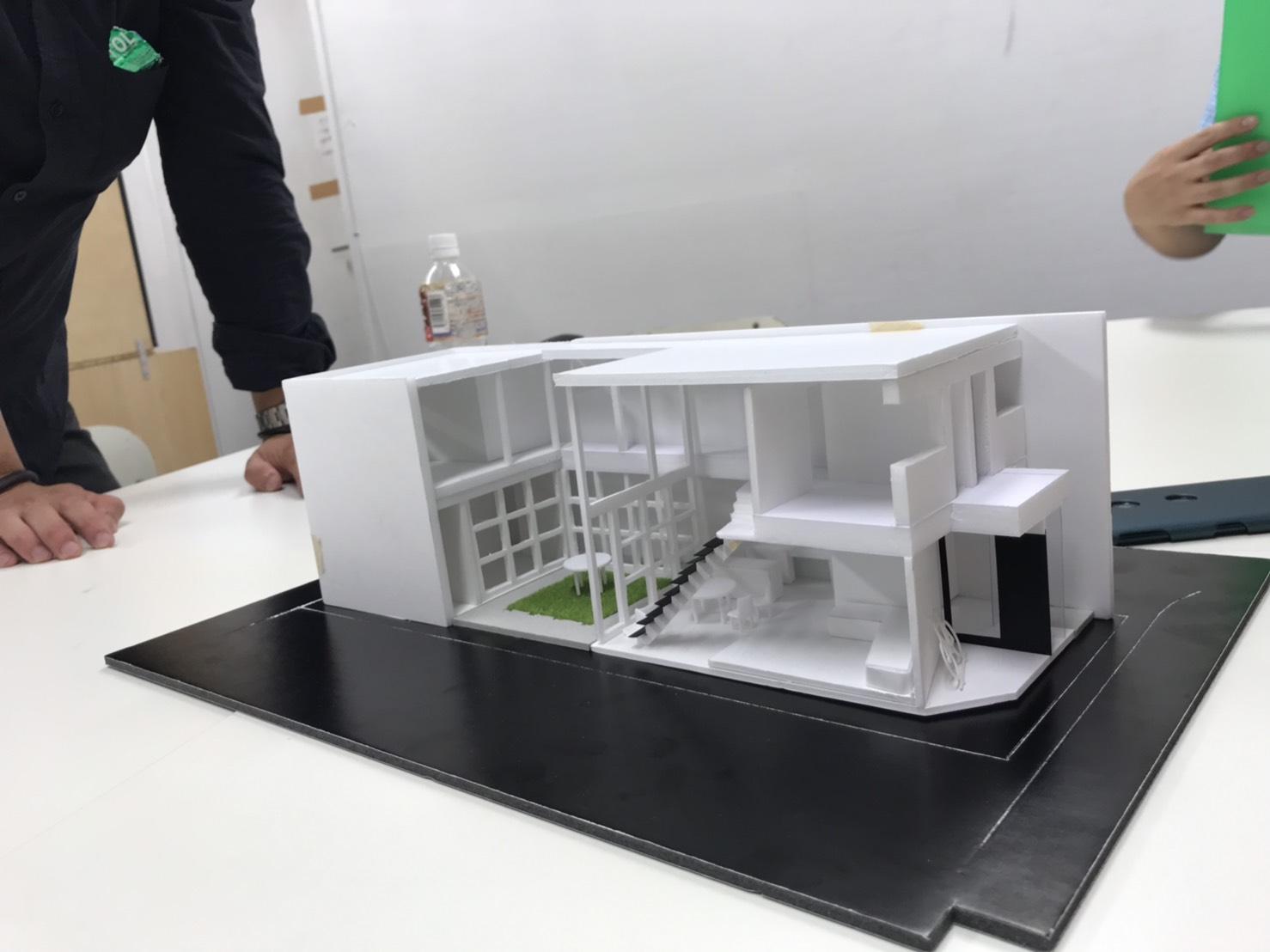 設計課題 コートハウス